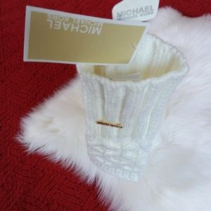 Michael Michael Kors | Ivory Fingerless Gloves
